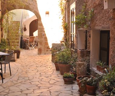 courtyardthumb